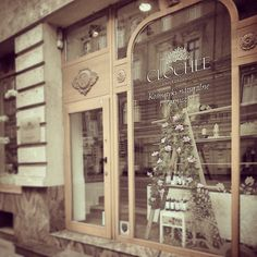 Our #shop in downtown #Szczecin. Don't be shy and come by. We do speak #English. -> http://bit.ly/clochee