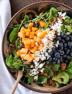 "summer breeze salad with granola ""croutons"" #glutenfree | heartbeet kitchen"