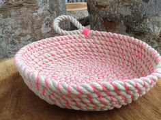 Coil rope bowl tutorial and materials. Woven rope basket making kit and instructions. DIY  This listing is for a rope bowl kit with instructions and materials. Youll receive: 10 yards of beautifully soft 8mm cotton and jute rope / or Bright nylon rope 10 yards of waxed cotton cord Easy to understand instructions with photos The right sized needle *You provide the cup of tea and scissors and youre set to go! You will be able to make a bowl at least 18cm x 7cm high.  Please select the rope you…
