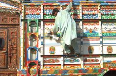 pakistan truck