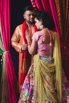 With Biji Planners you are experiencing a team of experts who believe in your dream. We strive for the quality you deserve with our vast experience. Marriage Poses, Indian Wedding Planner, Hindu Bride, Asian Bride, South Asian Wedding, Trade Show, Wow Products, Wedding Couples, A Team