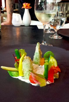 """I don't commonly find """"farm-to-table"""" and """"hotel restaurant"""" in the same sentence, but what better way to showcase what a city has to offer? Check out this innovative summer menu in the heart of Austin. P.S. The Summer of Riesling!"""