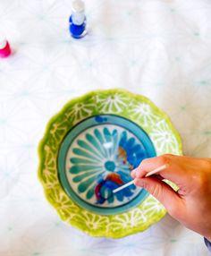 Nagellak diy- Paas eieren diy- http://www.mylucie.com- easter- decorate eggs-painting- nail polish