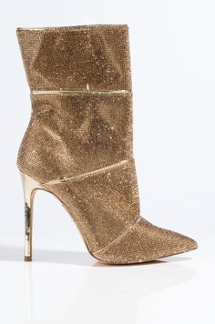 Find Your Perfect Pair Of Shoes – Some Advice For Your Next Purchase – Shoes Stilettos, Black Stiletto Heels, Pumps, Ankle Booties, Bootie Boots, Shoe Boots, Allbirds Shoes, Golf Shoes, Nike Shoes