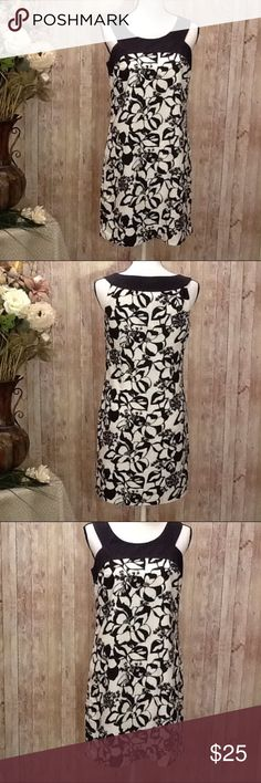 Ann Taylor Loft Dress Size 4  6 Black White Floral Beautiful Ann Taylor Loft dress, like-new condition, size 4 (this seems to fit more like a size 6, see more info below, but it's a flowy style dress) black and white floral, side zipper for easy slip on fit, lined, lightweight, 100% cotton, perfect for spring and summer! Approx measurements: length from armpit to bottom 26 in, bust 34-36, waist 28-30, hip 38. Bundle to save 15% off your purchase of 2 or more items from my closet! Ann Taylor…