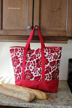 ILovin' the colour mix on this bag - I'm really INTO red at the moment.     think sew: Product Information