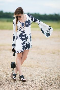 Boho vibes in this gorgeous bell sleeved dress from @chicwish! #HelloGorgeous