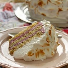 Torta od lešnika i šumskog voća - Blender Online