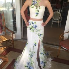 """READ DESCRIPTION ***SELLING AFTER MAY 10 2016******* beautifully embroidered Sherri hill 2 piece gown. Size 0. The only alteration is a bustle to hold up the long part of the dress in the back. I am 5""""8 and am wearing 3 inch heels. Sherri Hill Dresses"""