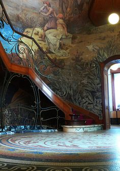 Art Nouveau interior and staircase.
