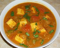 Paneer Tikka Masala is a gourmet dish which is simple to cook but very flavorful. Paneer cubes cooked in a smooth gravy based curry is always best o. North Indian Recipes, South Indian Food, Indian Food Recipes, Real Food Recipes, Ethnic Recipes, Easy Baking Recipes, Cooking Recipes, Indian Food Delivery, Curry Ingredients