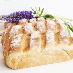 Äppellimpor med havregryn - Victorias provkök Bread Recipes, Baking Recipes, Cake Recipes, Vegan Recipes, Dessert Recipes, Sandwiches, Our Daily Bread, Bread Cake, English Food