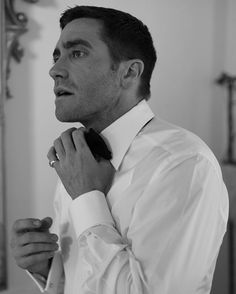 Jake Gyllenhaal in his suite before jumping on a boat to director Tom Ford's Nocturnal Animals premiere at the Venice Film Festival | Greg Williams photography