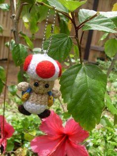 toad ornament amigurumi crochet, Mario Brothers