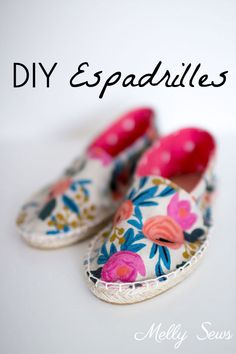 How to Make Shoes - DIY Espadrilles DIY Espadrilles - Make your own shoes - Melly Sews Espadrilles, Espadrille Shoes, Make Your Own Shoes, How To Make Shoes, Diy Clothes And Shoes, Handmade Baby Clothes, Shoe Pattern, Altering Clothes, Trends