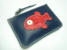 Items similar to Karen the Fish Leather Purse ( Dark Blue / Red ) on Etsy Leather Wallet Pattern, Handmade Leather Wallet, Sewing Leather, Leather Card Case, Handmade Bags, Leather Diy Crafts, Leather Projects, Leather Craft, Leather Purses