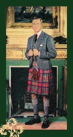 +~+~ Vintage Photograph ~+~+  The Duke of Windsor wearing Royal Stuart Tartan.