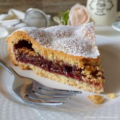 torta frollissima ripiena di marmellata Beautiful Fruits, Sweet Recipes, Muffin, Ethnic Recipes, Desserts, Herbs, Birthday, Red, Blog