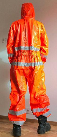 Diving Suit, Rain Gear, Orange Crush, Helly Hansen, Beautiful Images, Fashion Fashion, Parachute Pants, Sexy Men, Onesies