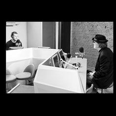 #MaxBrigante Max Brigante: Stanotte ho sognato di intervistare @fdegregori ....i sogni son desideri
