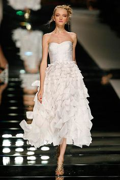Valentino's best of bridal couture: The most iconic designs ever made - Picture 12