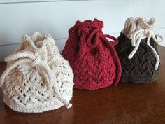 Free knitting pattern for Drawstring Gift Bags and more gift wrap knitting patterns