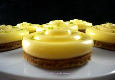 Tartelette au citron trop facile ! - Les Délices de Mimm Cake & Co, Arabic Food, Mini Desserts, Beignets, Ramadan, Biscuits, Deserts, Cooking Recipes, Sugar