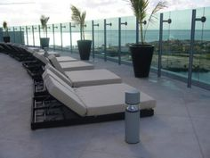 Sky bar relaxing area at the all inclusive Beach Palace Resort in Cancun, Mexico. Wouldn't you love to relax there?  #beachpalaceresort #beachpalaceresortcancun #cancunallinclusiveresorts