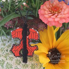 Puzzle Piece Monarch Butterfly   Fun Family Crafts Recycled Crafts Kids, Crafts For Kids, Ice Cream Day, Pipe Cleaner Crafts, Edible Crafts, Family Crafts, Monarch Butterfly, Puzzle Pieces, Craft Tutorials