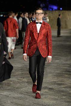Dolce-Gabbana-Alta-Sartoria-Fall-2016-Collection-Menswear-Red-Carpet-Fashion-Haute-Couture-Runway-Tom-Lorenzo-Site (5)