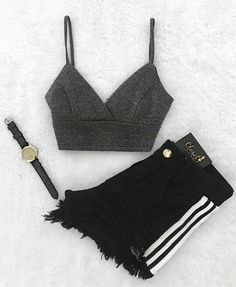 Best Baddie Outfits Part 3 Girls Fashion Clothes, Teen Fashion Outfits, Edgy Outfits, Swag Outfits, Outfits For Teens, Casual Clothes, Cute Lazy Outfits, Pretty Outfits, Mode Instagram