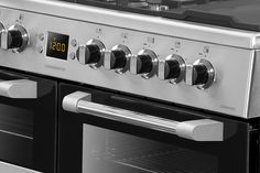 Leisure Cuisinemaster dual fuel close up stainless steel CS100F520X 100cm