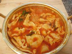 Hand-torn noodle soup Sujebi 수제비