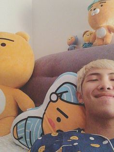 Rap Monster ❤ [Bangtan Trans Tweet] 안녕 친구들 \ Hello friends #BTS #방탄소년단