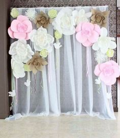 Discover thousands of images about Paper flower wall backdrop. Paper Flower Wall, Paper Flower Backdrop, Giant Paper Flowers, Diy Flowers, Photo Booth Backdrop, Backdrop Ideas, Festa Party, Candy Party, Backdrops For Parties
