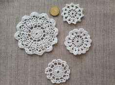 Little crochet napkins