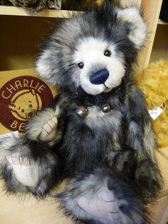 Lorna by Charlie Bears