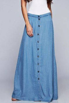 21 Ideas For Dress Boho Blue Maxi Skirts Long Denim Skirt Outfit, Denim Skirt Outfits, Denim Skirts, Chambray Skirt, Jean Skirts, Light Denim, Modest Outfits, Modest Fashion, Vetement Fashion
