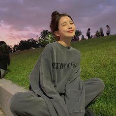 Pretty Korean Girls, Cute Korean Girl, Asian Girl, Look Body, Korean Girl Photo, Girl Korea, Ulzzang Korean Girl, Cute Poses, Korean Aesthetic