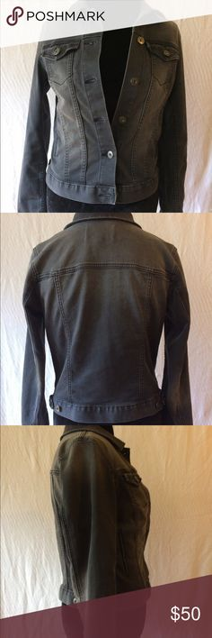 """Two by Vince Camuto Women's Jacket Very cute, comfortable jacket in excellent condition.  Size small; 17.5"""" width, 22"""" length.  75% cotton, 23% polyester, 2% spandex. Color is faded black/dark gray. Two by Vince Camuto Jackets & Coats Jean Jackets"""