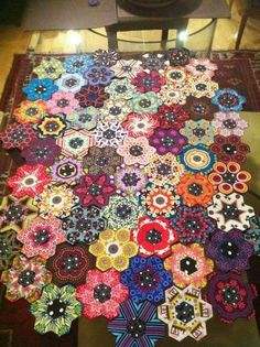 Millyne Hammerstein is back with Millefiori 2. Great book for piecing quilts using templates. There are 17 patterns in the book and each