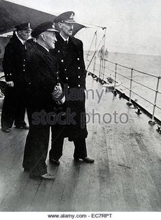 King Haakon VII and the Royal Family of Norway return on the HMS Norfolk after the liberation of Norway after World - Stock Image