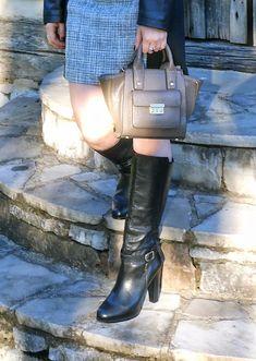I have that bag in black :) Philip Lim for Target!