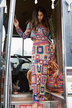 The Carnaby Crochet Skirt is THE ultimate festival/party/roadtrip wear this season. Vibrant crochet granny squares form a long skirt, with adjustable tie at wai Hippie Style, Mode Hippie, Hippie Chic, Bohemian Style, Boho Chic, White Bohemian, Crochet Skirts, Crochet Crop Top, Crochet Clothes