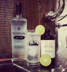 A classic that never goes out of season. The Jack Rudy tonic amps up this cocktail to its maximum potential! 2 oz of Peninsula Gin oz of Jack Rudy Tonic Add ice and top with soda water Cocktails, Drinks, Gin And Tonic, Tasting Room, Distillery, Vodka Bottle, Soda, Alcohol, Ice