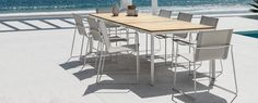 Gloster Asta Collection Dining Table and Chairs