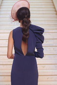 Peinado coleta baja invitada boda