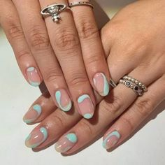12 beliebte Winter-Nailart-Trends, die Sie so schnell wie möglich ausprobieren … 12 popular winter nail art trends that you need to try as soon as possible Ecemella – Cute Acrylic Nails, Acrylic Nail Designs, Cute Nails, Cute Simple Nails, Pastel Nails, Gel Nail Art, Nail Polish, Winter Nails, Spring Nails