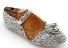 lovely crochet slippers