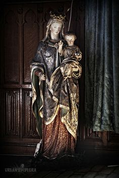 Statues in churches (for coursework - help!)?
